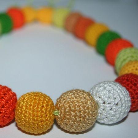 Вязаные цветные бусики